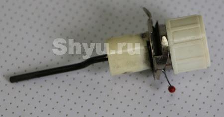 1 катушечный стержень с катушкой ниток 2 верхний нитенаправитель 3 регулятор натяжения верхней нити 4