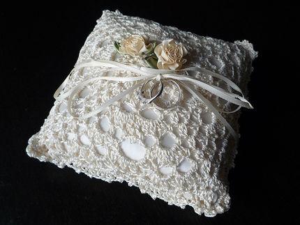 Подушка для колец вязание