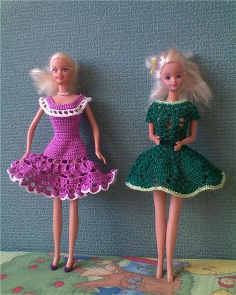 Смотреть на видео как сделать кукле одежду - NicosPizza.Ru
