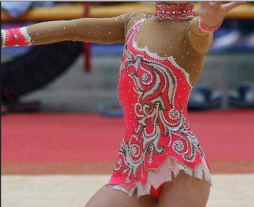 Оформление купальника для художественной гимнастики своими руками