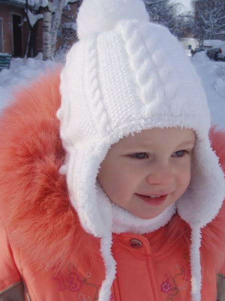 Вязаные шапки для девочек  зимние