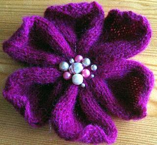 Видео вязания спицами цветка