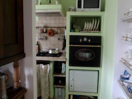 Стол под духовой шкаф и варочную панель  леруа мерлен