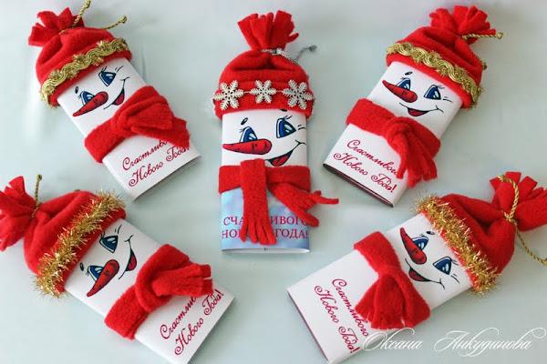 Маленькие новогодние подарки из конфет