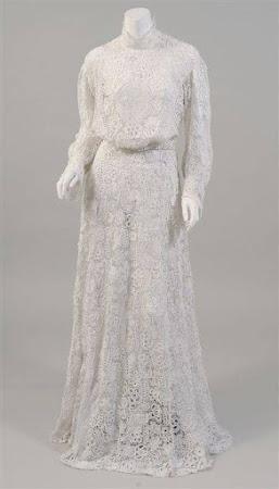 ОНЛАЙН: Свадебное платье