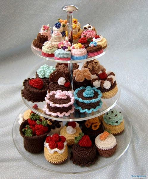 Вязаные сладости: пирожные и