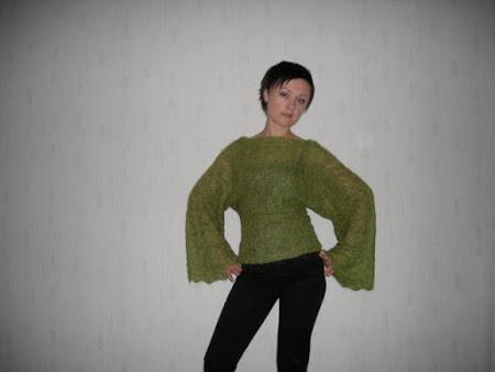 Очень тоненький свитерок из МОХЕРА