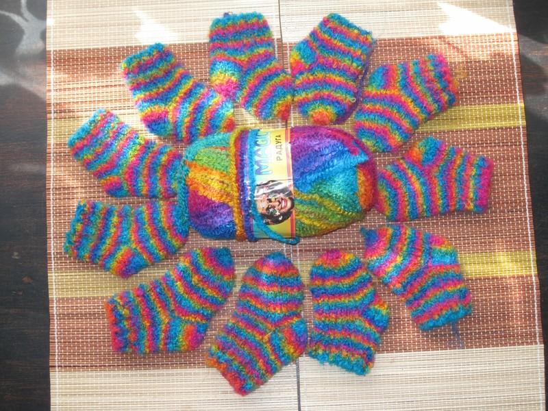 Меланжевый свитерок и из пряжи секционного крашения
