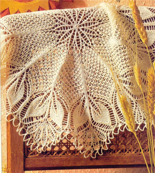 Красивая салфеточка- интересная идея для шали!!!