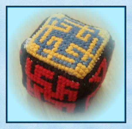 Вышивка обереги кубик