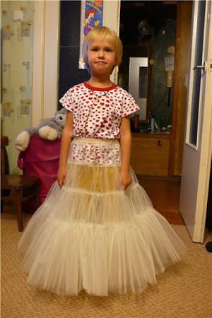 Шикарное платье для маленькой девочки-2