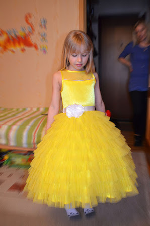 Купить желтое платье на девочку 5