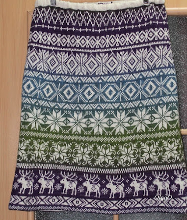 Жаккардовые юбки спицами из кауни